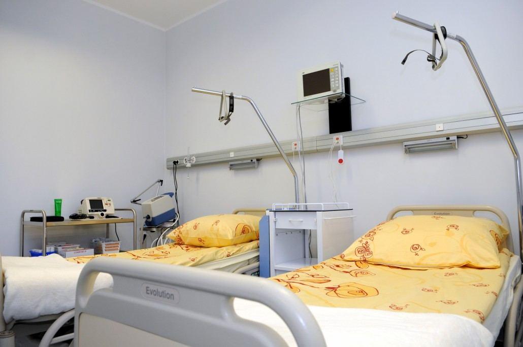 Dom Lekarski Medical Center - beds at the hospital