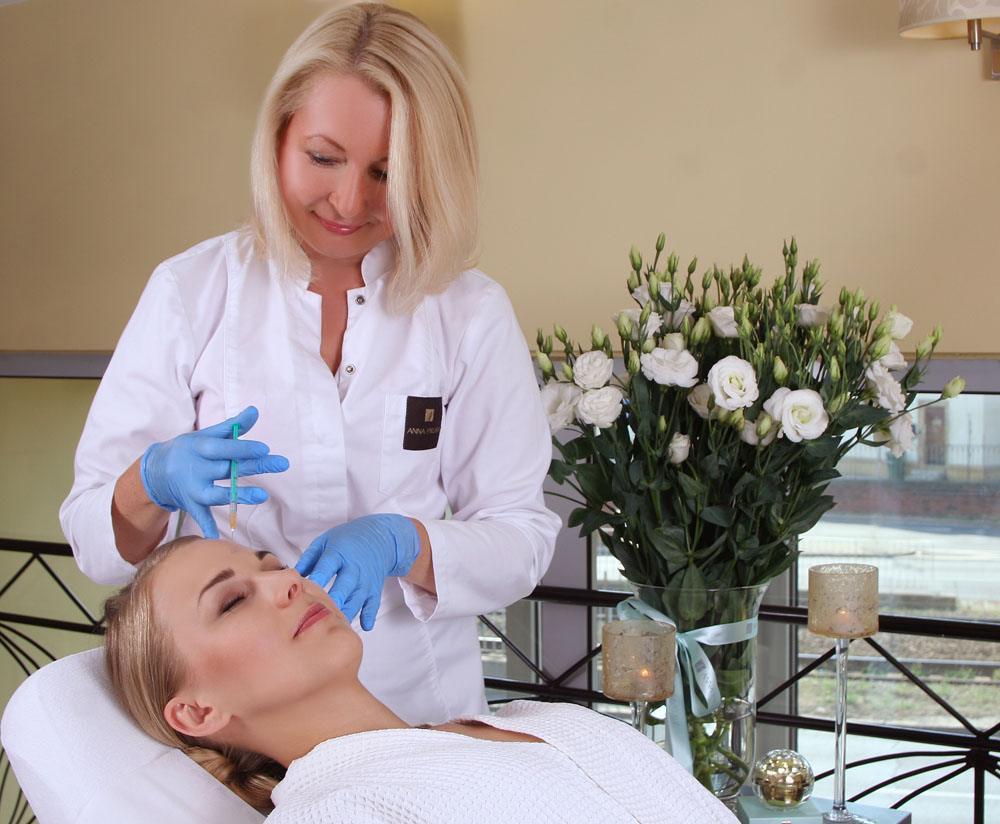 Dr Anna Pikura - botox injection