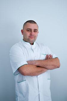marcin kotowski dentist cracow